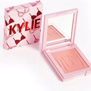 "kylie cosmetics valentine's day ""crush"" blush"